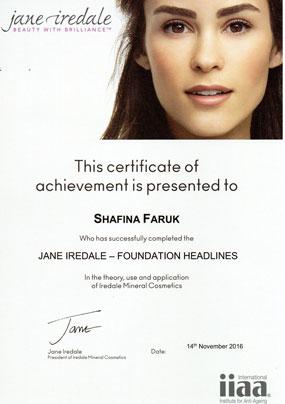 Jane_iredale_foundation_4w1.jpg